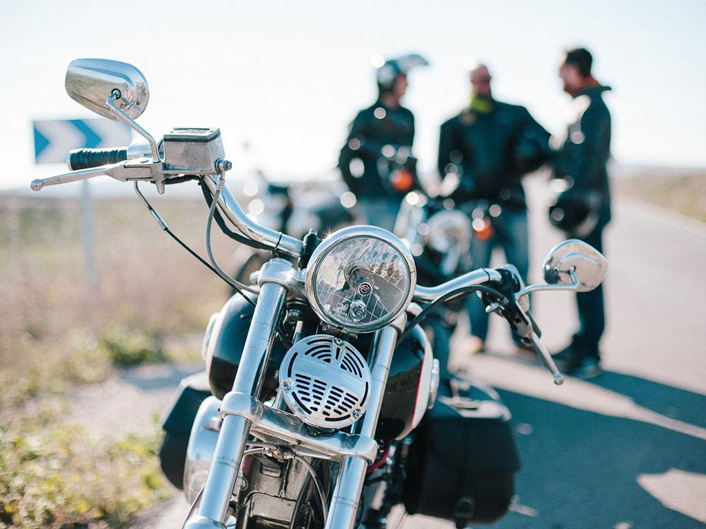 Alquiler de moto para empresas en Cádiz