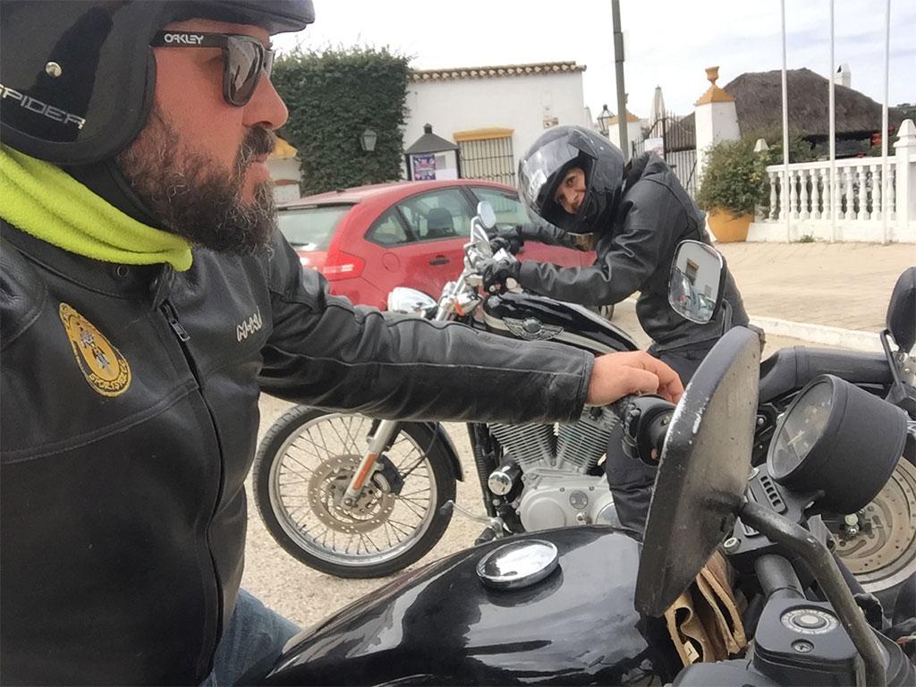 Alquiler de moto para rutas en Cádiz