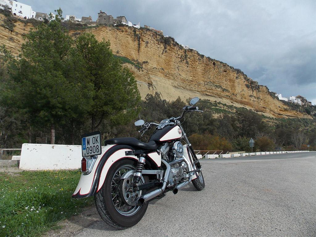 Ruta en Harley por los pueblos Blancos