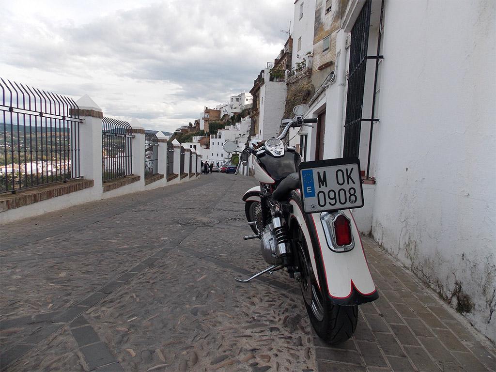 Ruta en moto por El Bosque
