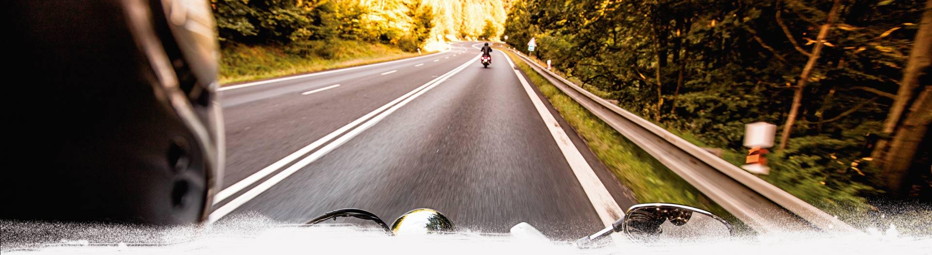 Motos de alquiler para hacer rutas por Cádiz